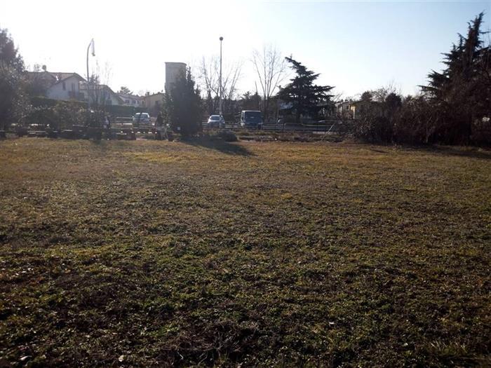 Terreno edificabile in Vendita a Fara Gera D'adda | Unica Casa